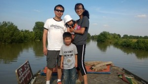 Jeff, Sandar, Isabell and David enjoyed the river boat ride to reach the remote village of Putaik Gyi.